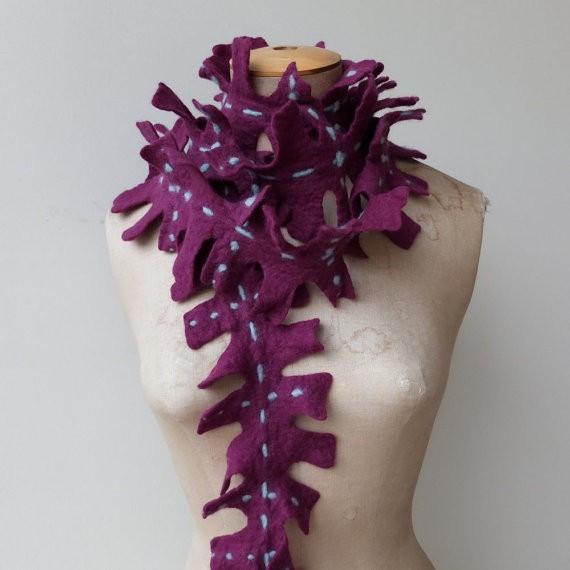 karlita - felted scarf