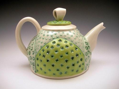 sandi pierantozzi - fat bottom teapot