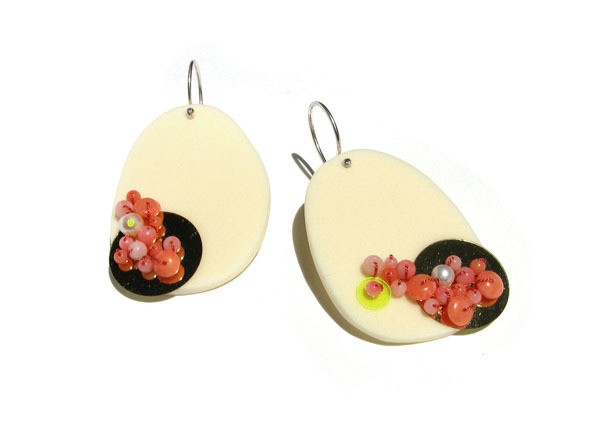 melinda young - peached and cream confetti earrings
