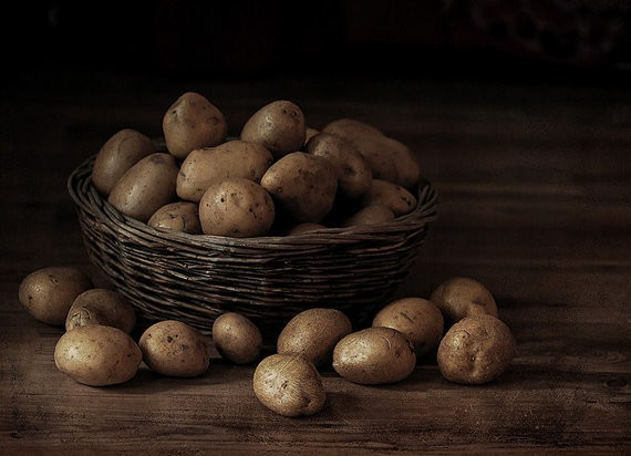 ionanthos - potatoes in a basket