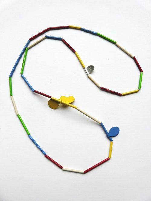 jess dare - leaf neckpiece - multicoloured