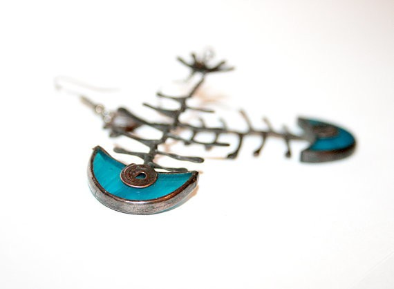 artkvarta - fish skeleton earrings