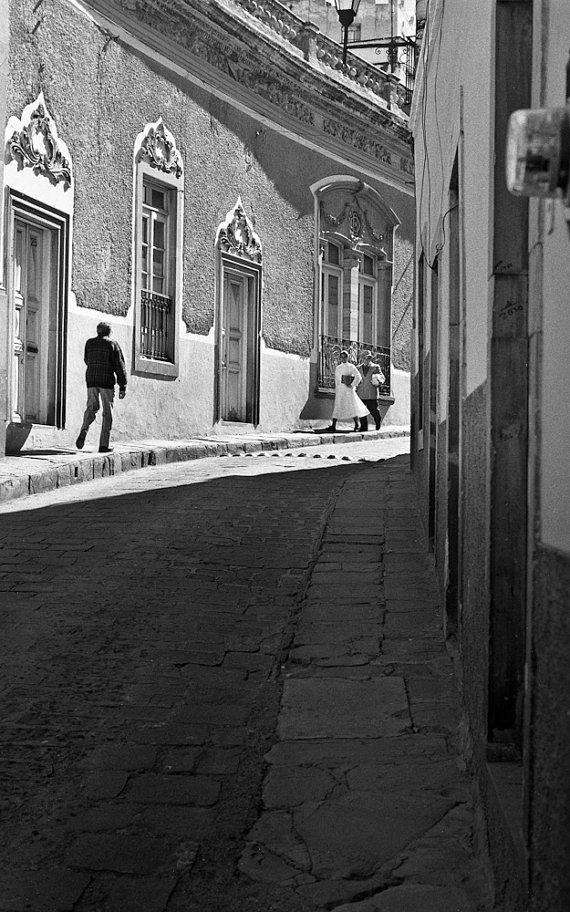 john shepherd - walking in light - guanajuato