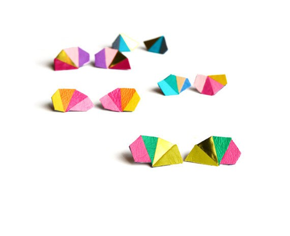 booandboofactory - triangles stud earrings