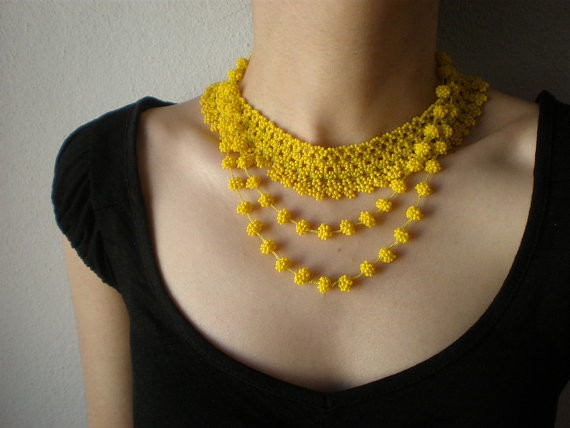 irregular expressions - grace - lemon yellow beaded necklace