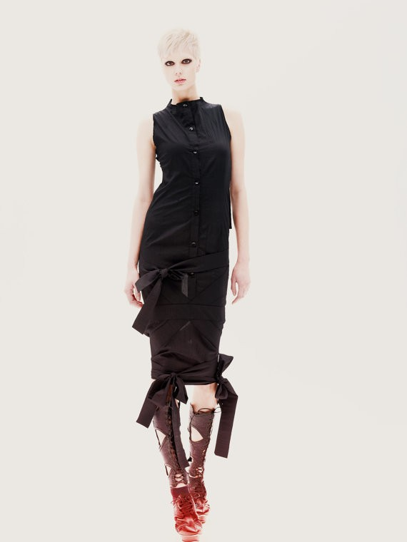 mariaqueenmaria - black tunic with multiple ribbons