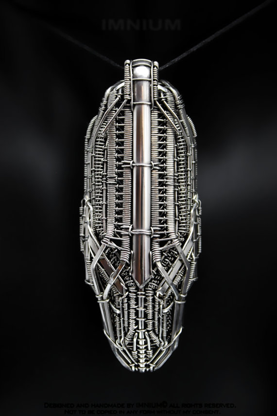 spaceship pendant - INMIUM.etsy.com