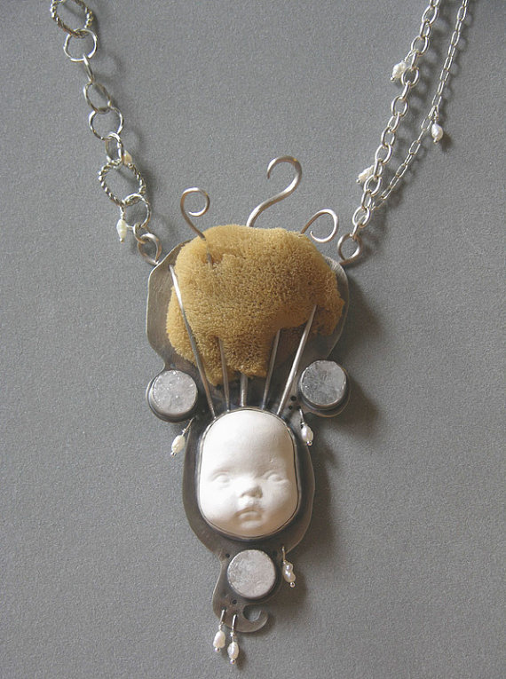 doll disaster design - brain like a sponge necklace