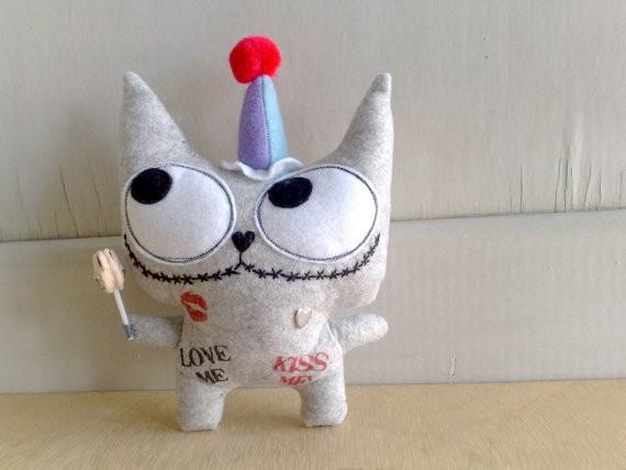 zero pumpkin - cookie the romantic clown cat