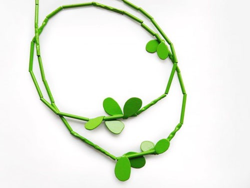 jess dare - leaf neckpiece - lime green