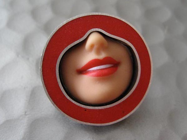 margaux lange - smile brooch in red