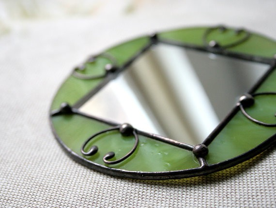 artkvarta - little green pocket mirror