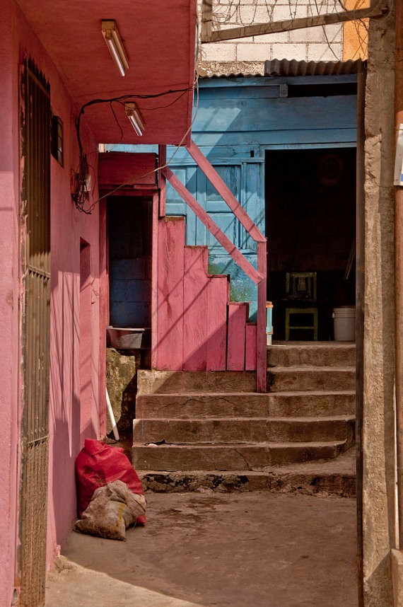 john shepherd - steps pink and blue - guatemala