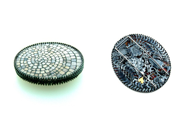 Rebecca Hannon - 'cobblestone' brooch - front and back {via RebeccaHannon.com}