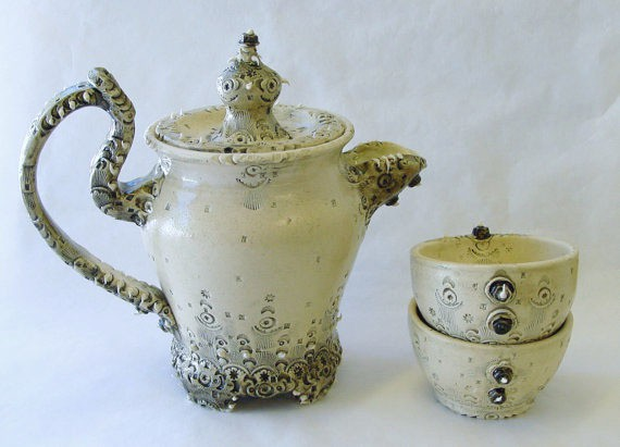 INAE - industrial wedding cake teapot and teacups